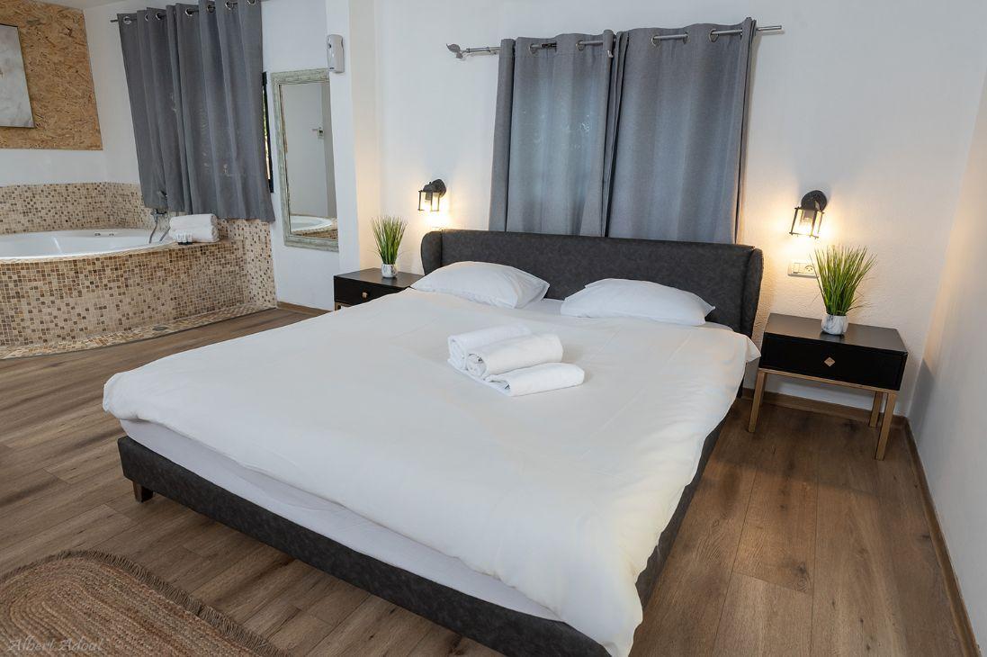המיטה הזוגית בסוויטה